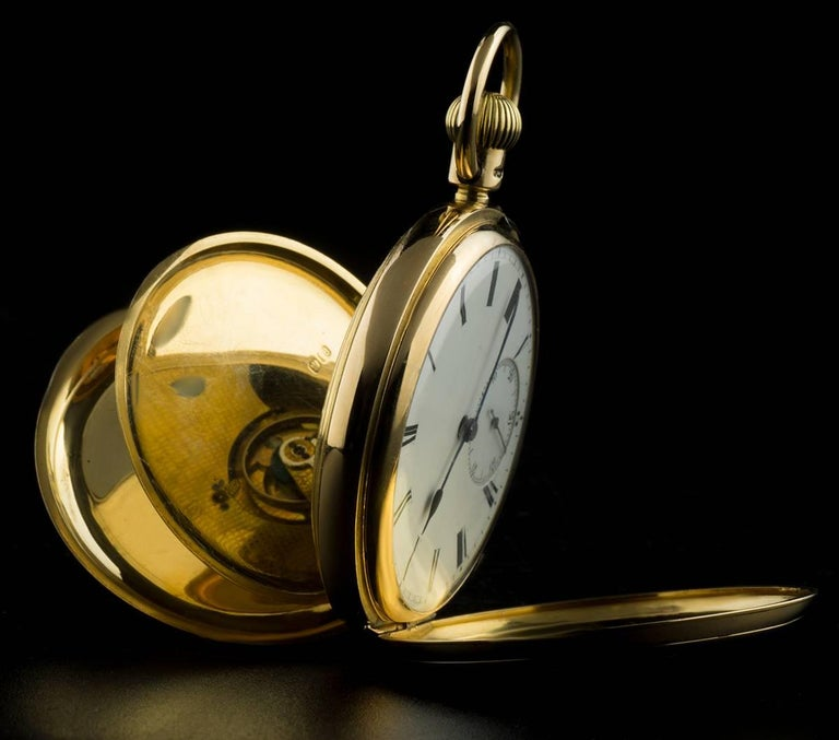 Yellow Gold White Enamel Roman Dial Pocket Watch In Excellent Condition For Sale In London, GB