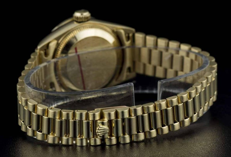 Rolex Gold Rare String Dial Ruby and Diamond Datejust 69068 Automatic Wristwatch For Sale 3