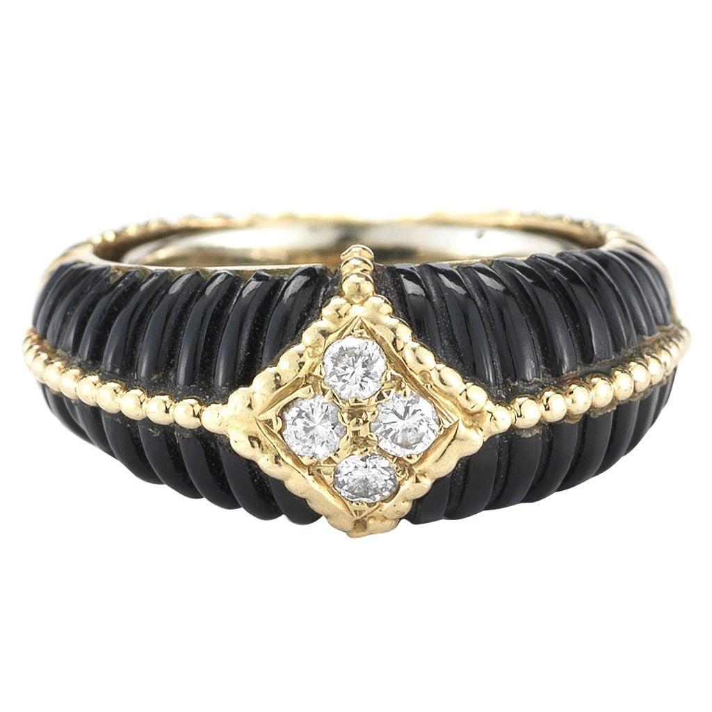 Van Cleef & Arpels Onyx, Diamond and 18k Gold Ring