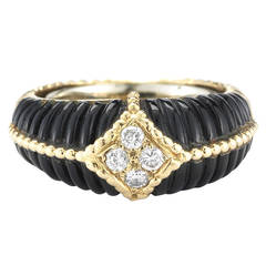 Van Cleef & Arpels Onyx, Diamond and 18k Gold Ring