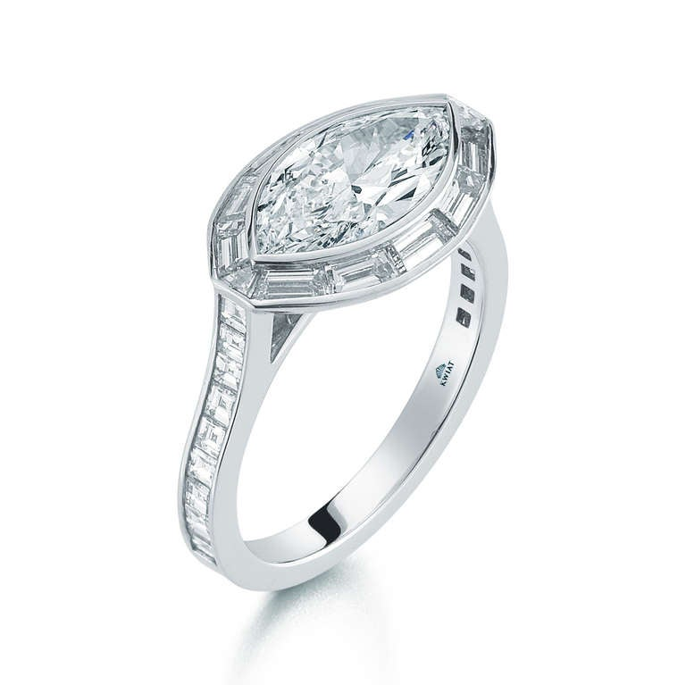 platinum solitaire diamond set jewelry plat the oval engagement ring kwiat halo rings product pave style in
