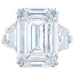 cut gem hunt rings york diamond new gemtalkblog emerald ring visit diamonds large to kwiat engagament