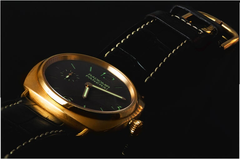 Women's or Men's Radiomir Panerai Rose Gold Oro Rosso Mechanical Wristwatch Ref PAM00336 For Sale