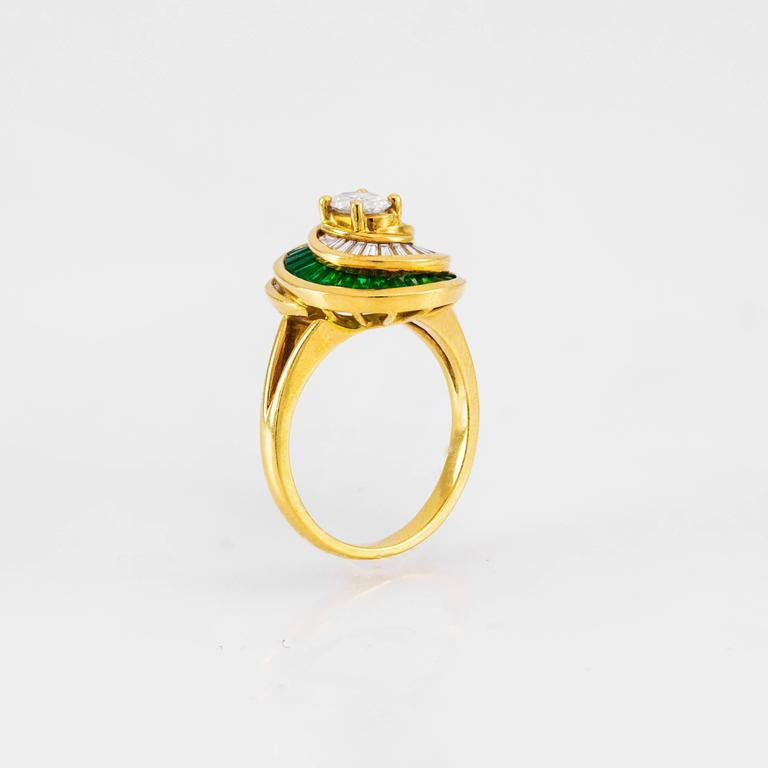 Oval Cut Fashionable Emerald Diamond and Gold Cocktail Ring For Sale
