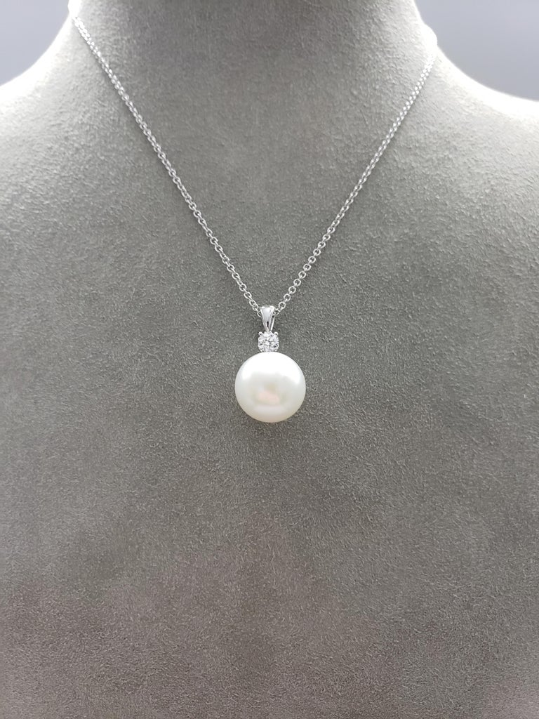 Contemporary Pearl and Diamond Pendant Necklace For Sale