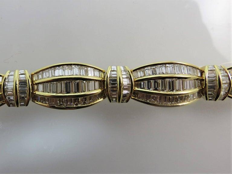Contemporary Picchiotti 18 Karat Yellow Gold Baguette Diamond Bracelet For Sale