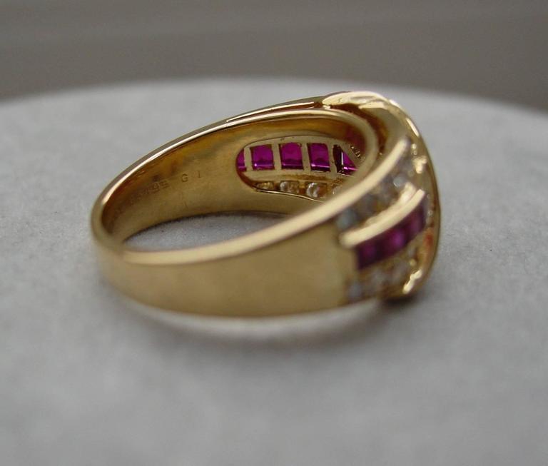 Women's Van Cleef & Arpels Ruby Diamond Gold Ring For Sale