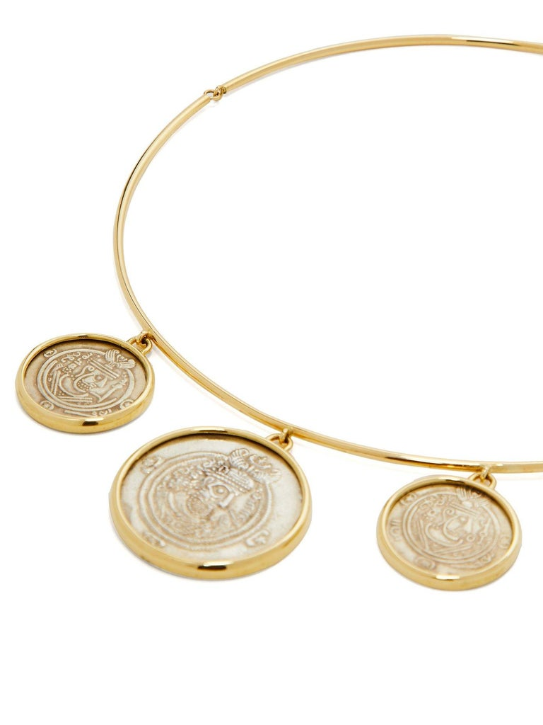 Classical Roman Dubini Ancient Governors of Tabaristan Silver Coin 18K Yellow Gold Necklace For Sale