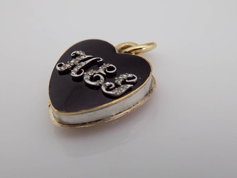 18K Gold Georgian Diamond Black Enamel Rose Cut Diamond HEG Heart Locket Pendant In Excellent Condition For Sale In Boston, Lincolnshire