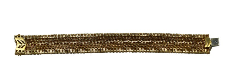 1970s Italian Diamond and Gold Bracelet In Excellent Condition For Sale In Miami, FL