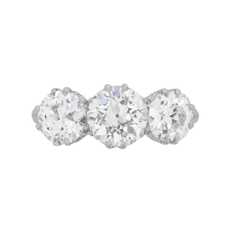 Art Deco 3.50 Carat Three-Stone Diamond Engagement Ring, circa 1920s