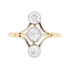 Victorian Vertically Set Three-Stone Diamond Ring, circa 1900s