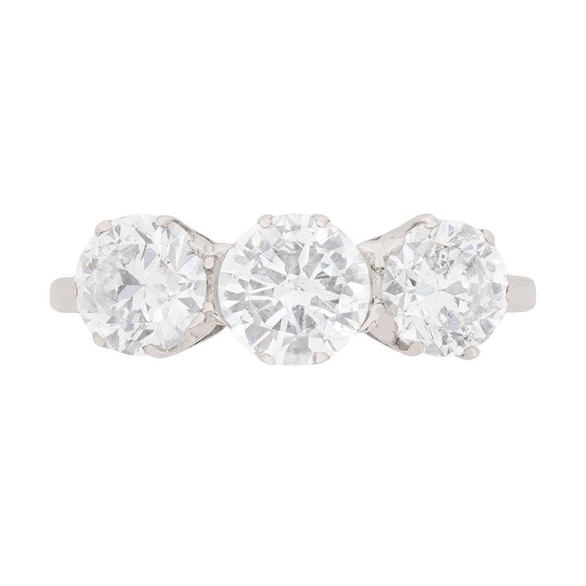 Art Deco 2.40 Carat Diamond Three-Stone Engagement Ring, circa 1920s