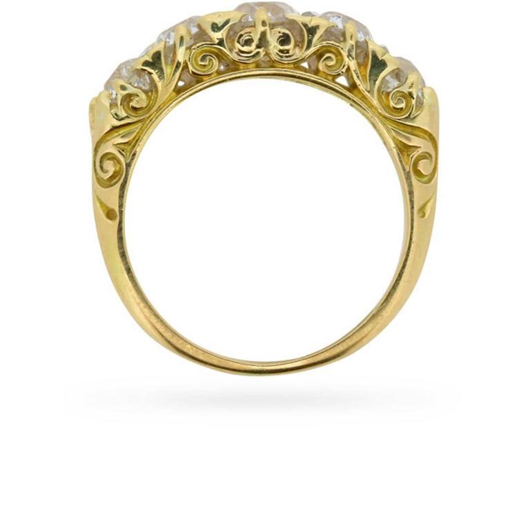 Late Victorian 1.90 Carat Five Stone Old Cut Diamond Gold Ring circa 1900s 2