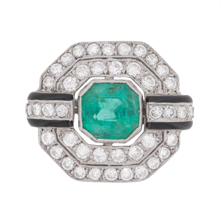 Vintage Emerald, Diamond and Black Enamel Cluster Ring, circa 1950s For Sale