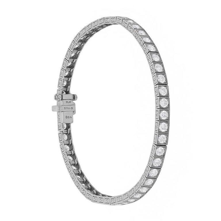 Sophia D Linked Tennis Bracelet with Round Brilliant Diamonds For Sale