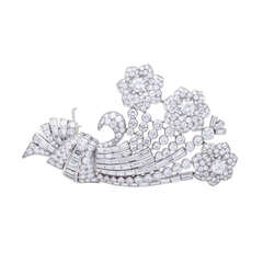 J.E. Caldwell Retro Diamond Platinum Floral Brooch