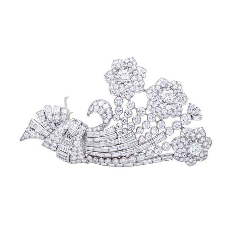 J.E. Caldwell Retro Diamond Platinum Floral Brooch