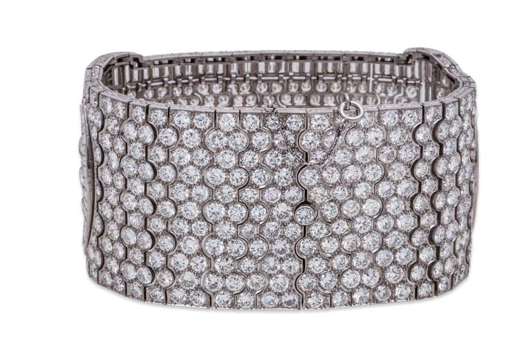 Platinum and Diamond Art Deco Choker In Excellent Condition For Sale In Sunny Isles Beach, FL
