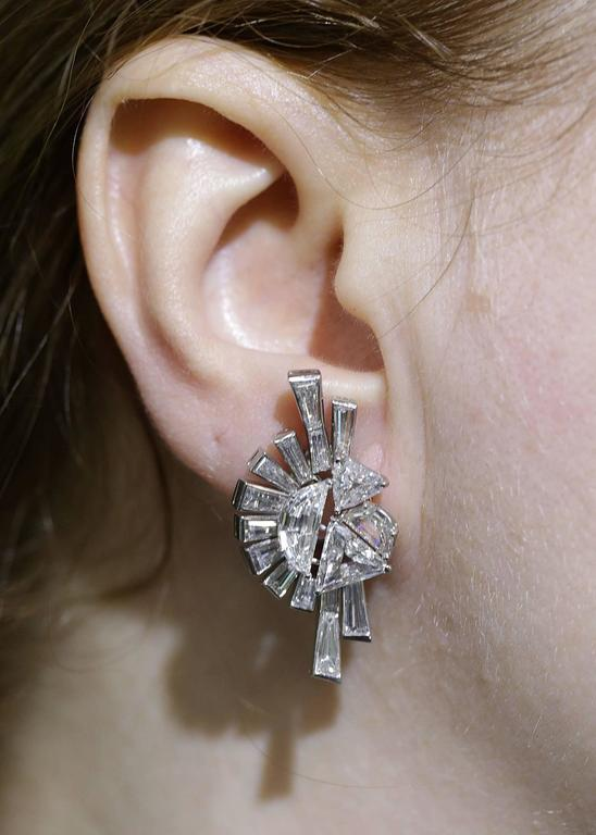Fred Leighton Art Deco Diamond White Gold Earrings 3