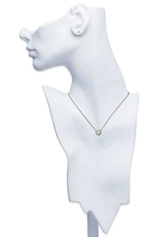 Solitaire Diamond Platinum Pendant Necklace 2