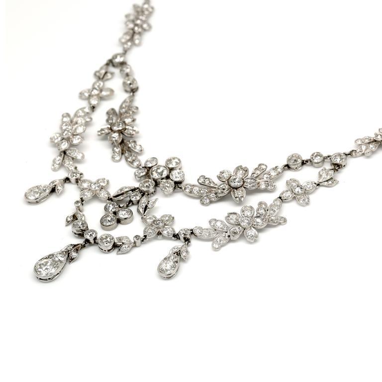 30.00 Carat Platinum Deco Necklace 3