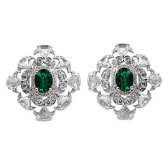 Oval Emerald and Diamond Earring