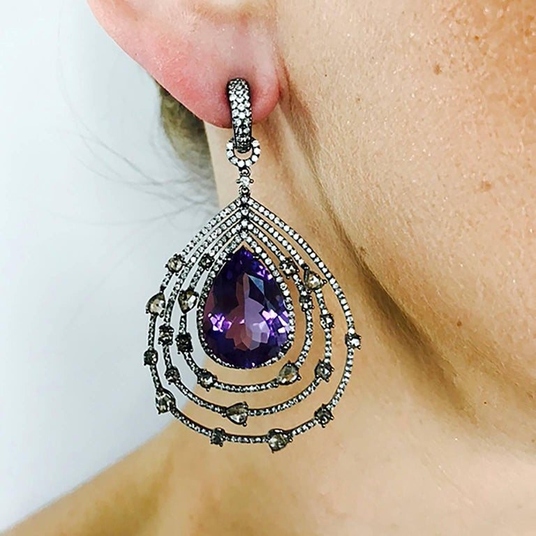 Amethyst Diamond Chandelier Earrings In As new Condition For Sale In New York, NY