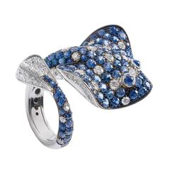 Ray Fish White Diamond Blue Sapphire Gold Ring