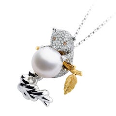 Petronilla 18Kt Gold Animal Stoat White Diamond SouthSea Pearl Pendant Necklace