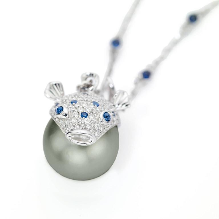 Contemporary Pendant/Necklace Puffer Fish White Diamond Blue Sapphire Tahiti Pearl 18Kt Gold  For Sale