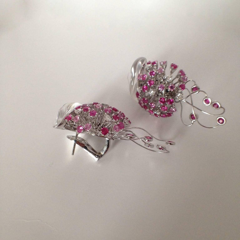 Jellyfish White Diamond Ruby Pink Sapphire Rock Crystal White Gold Drop Earrings In As New Condition For Sale In Bussolengo, Verona