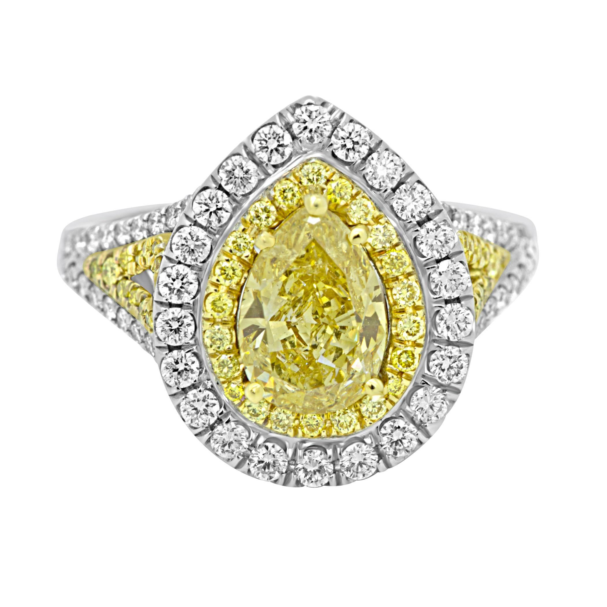 and yellow product ro ring white metallic in gold normal golden gallery sabine lyst sapphire g jewelry