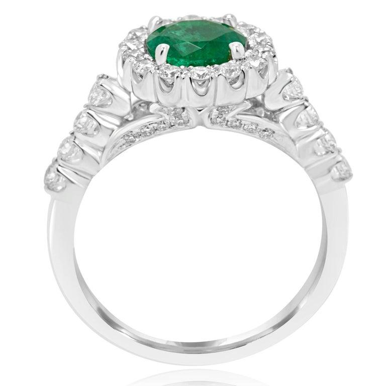 Round Cut Emerald Diamond Halo Gold Bridal Ring For Sale