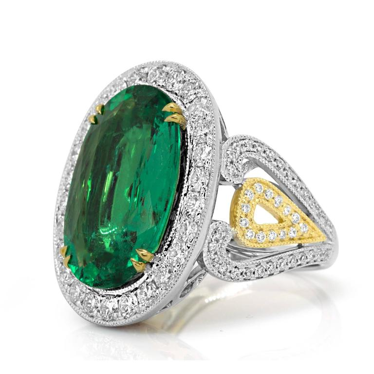 GIA Certified 9.01 Carat Oval Emerald Diamond Two Color Gold Ring For Sale 2