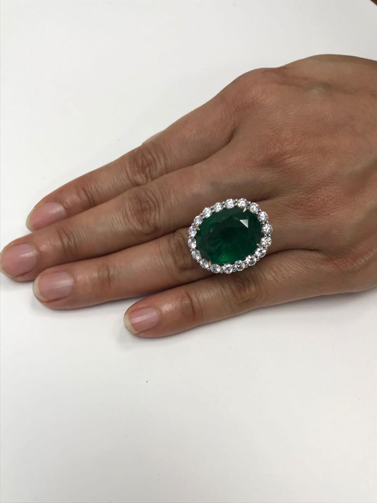 GIA Certified 19.78 Carat Zambian Emerald Diamond Halo Two Color Gold Ring For Sale 1