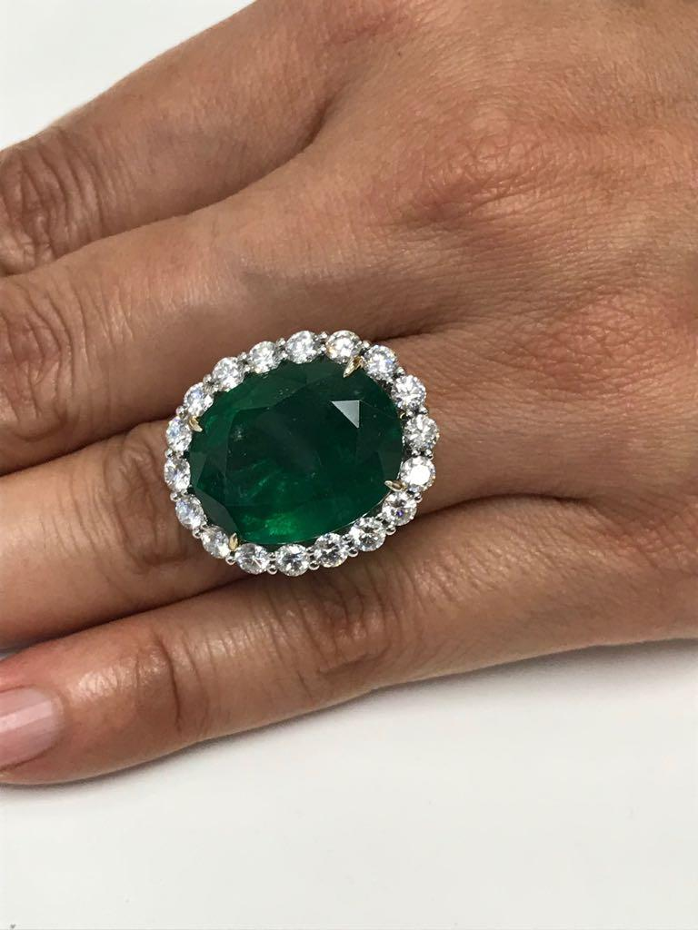 GIA Certified 19.78 Carat Zambian Emerald Diamond Halo Two Color Gold Ring For Sale 7