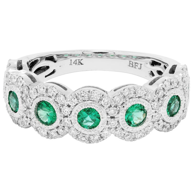 Emerald Diamond Single Halo Gold Strackable Fashion Cocktail Milgrain Band Ring For Sale