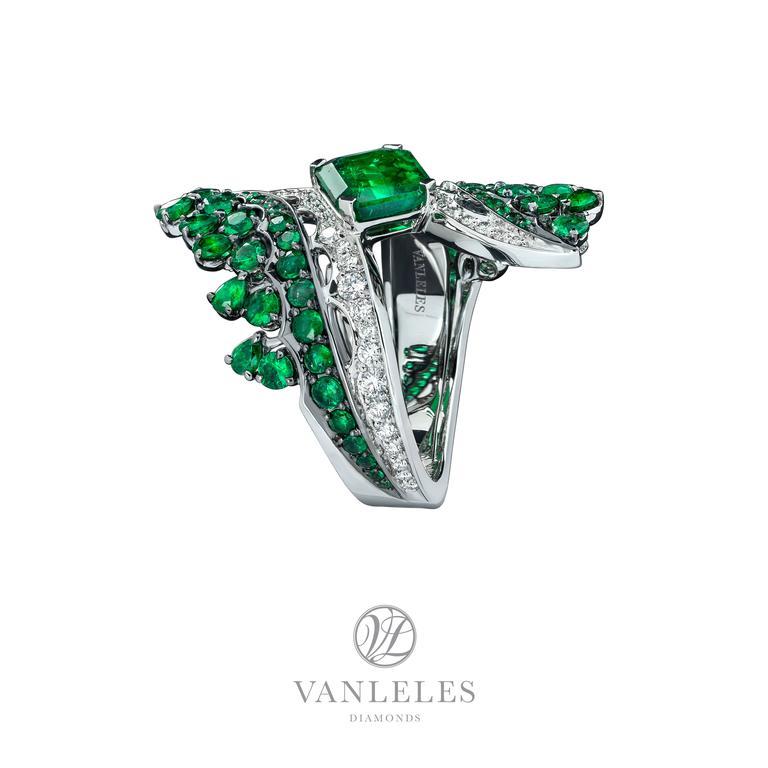 Vanleles Diamond Gemfield Emerald Legends of Africa High End Ring 3