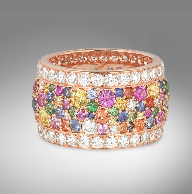 Rose Gold and Diamond Multicolored Sapphires Earrings and Band Ring Suite In New Condition For Sale In London, GB