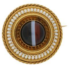 Royal Inscription Victorian 1870s Agate Enamel Gold  Circular Brooch