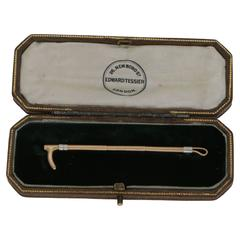 Edwardian Boxed Gold Riding Crop Stock Pin