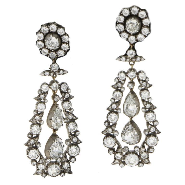 1880s Victorian Diamond Drop Earrings For