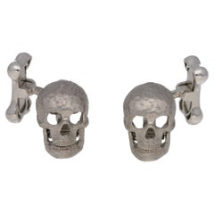 18 Karat White Gold Skull Bone Cufflinks