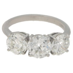 Round Brilliant Cut Diamond Three-Stone Ring