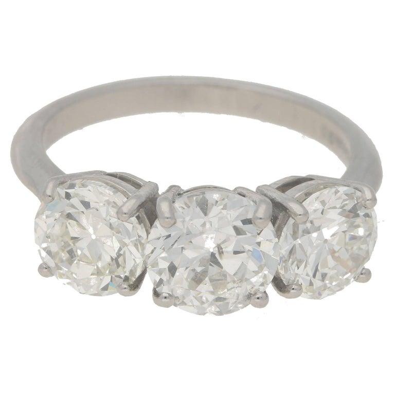 Round Brilliant Cut Diamond Three-Stone Ring