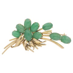 14 Karat Gold Jadeite Floral Spray Brooch