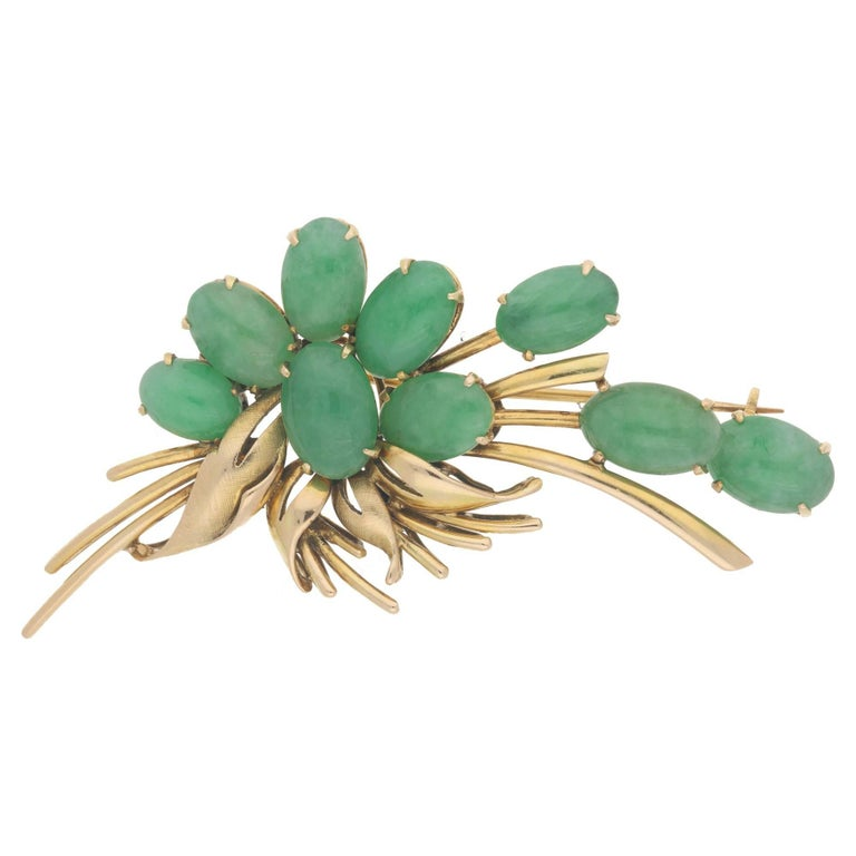 14 Carat Gold Jadeite Floral Spray Brooch