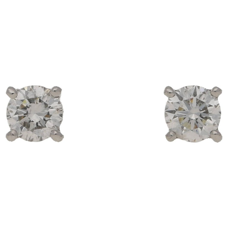 0.2 Carat Diamond White Gold Stud Earrings