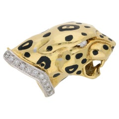 18 Karat Gold Diamond Panther Brooch